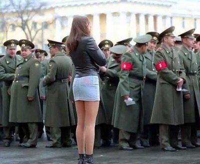 tentara juga suka yang bening